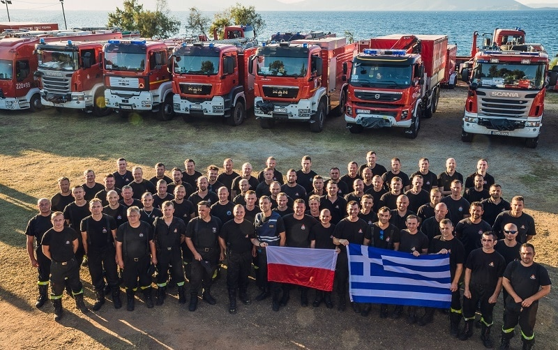 Foreign firefighters Greece holiday vouchers