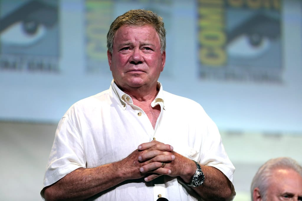 Will Bezos Launch Captain Kirk to Space? Shatner May Join Flight - Greek Reporter