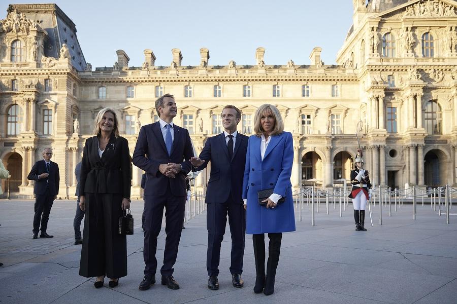 Macron Mitsotakis Louvre