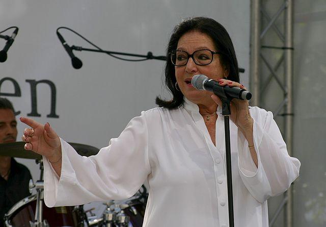 Nana Mouskouri 2012