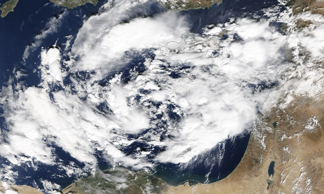 """""""Medicane"""" Cyclone to Hit Greece Over the Weekend"""